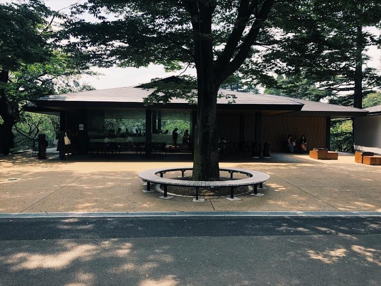 新宿御苑スタバ